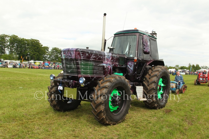 Angus Show 2012, Tractor Will Fully Customized Paint Job