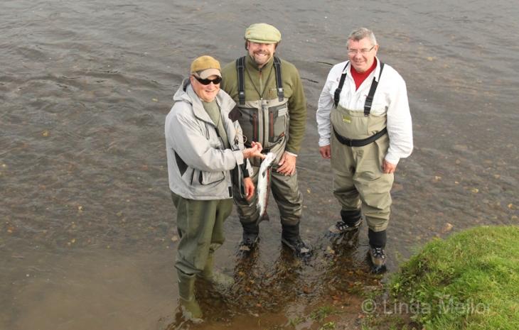 Salmon fishing, ladykirk beat, the tweed river, Scotland