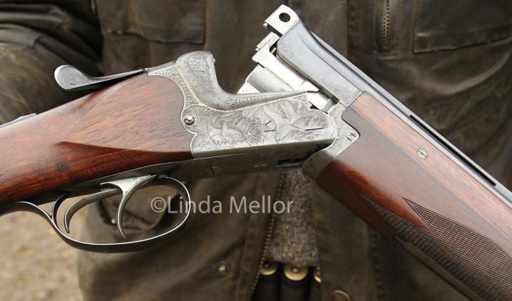 Detailing on 16 bore shotgun
