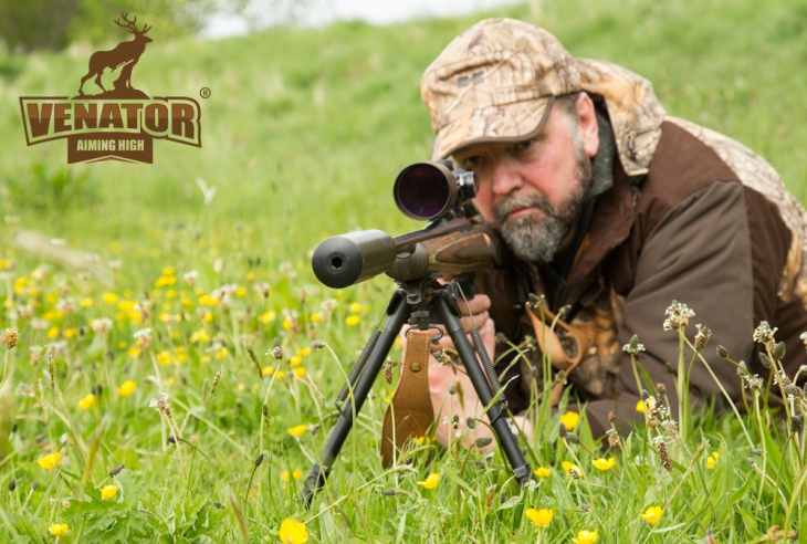 roe_buck_stalking_with_venator_pro_ltd.jpg